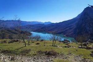 Tirana: Gamti Mountain Hike with Lake Views