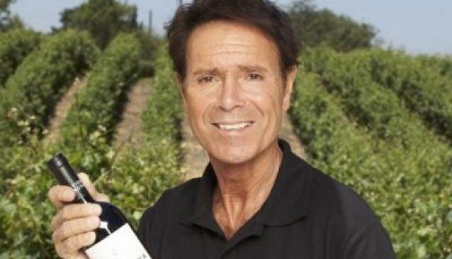Sir Cliff Richard and Algarve wines