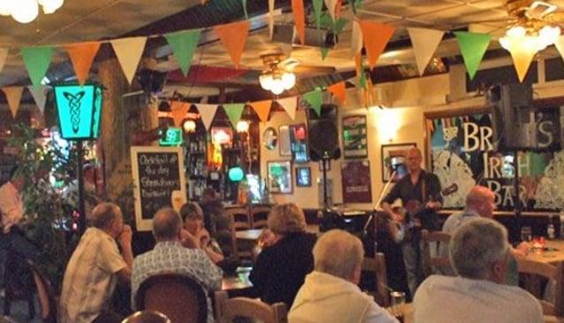 Bradys Irish Bar