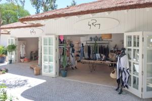 VLife Shops