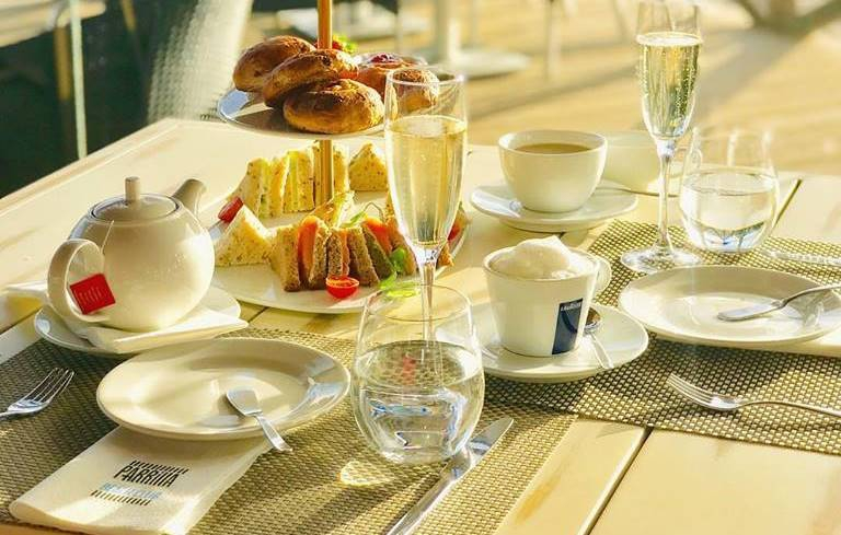 Afternoon Tea at Parrilla Beach Club