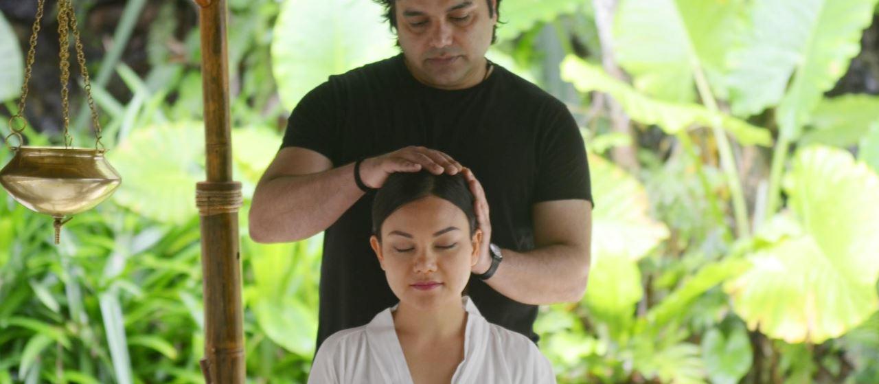 Ayurvedic Guru at VILA VITA Parc