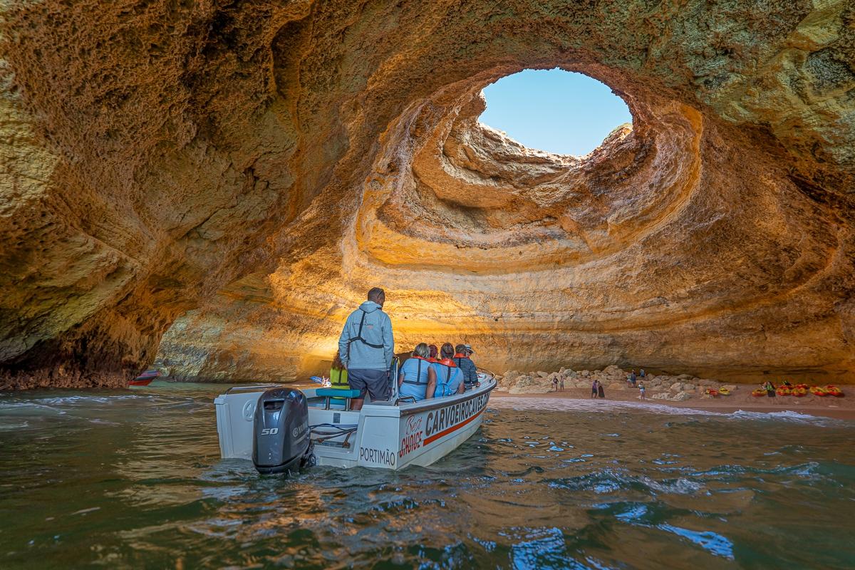 Algarve in February travel tips