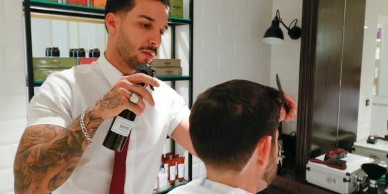 Cassical Barber Shop Service at VILA VITA Parc