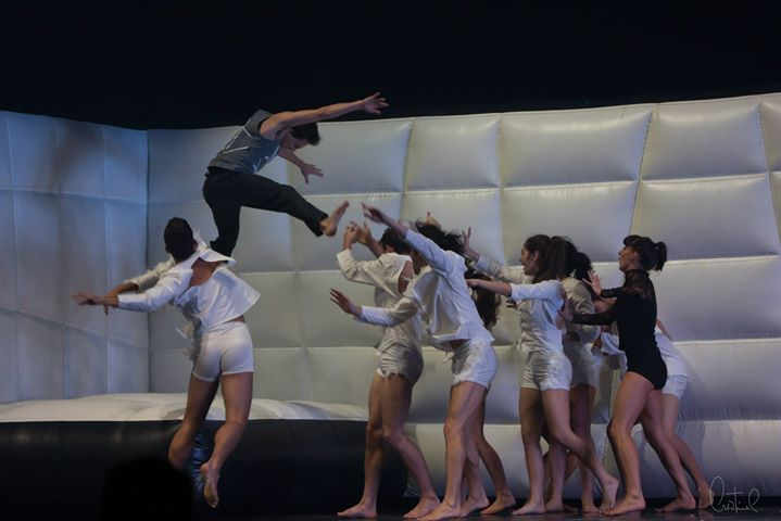O Lagos dos Cisnes pelo Quorum Ballet