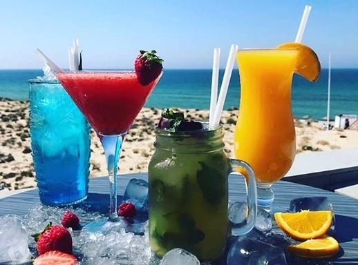 Parrilla Beach Club Sundowner Sessions