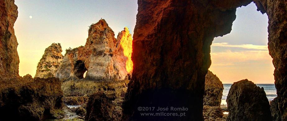 Photography Workshop in Caves Beach, Alvor, Algarve
