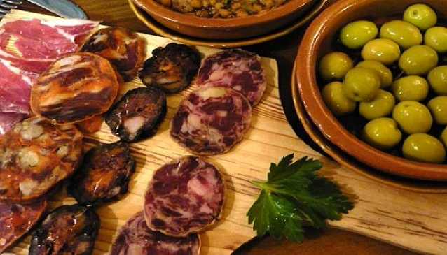 Tuck in to Tapas in Alicante
