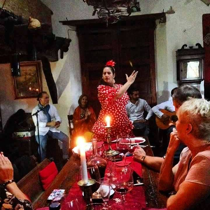 Dinner and Flamenco Show the candlelight
