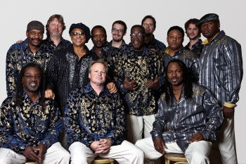 Earth Wind & Fire Experience @ Torrevieja
