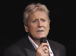 Joe Longthorne @ Benidorm Palace