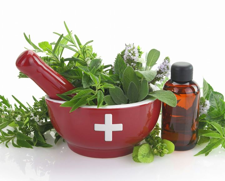 Must Have Essential Oils In Your Medicine Cabinet
