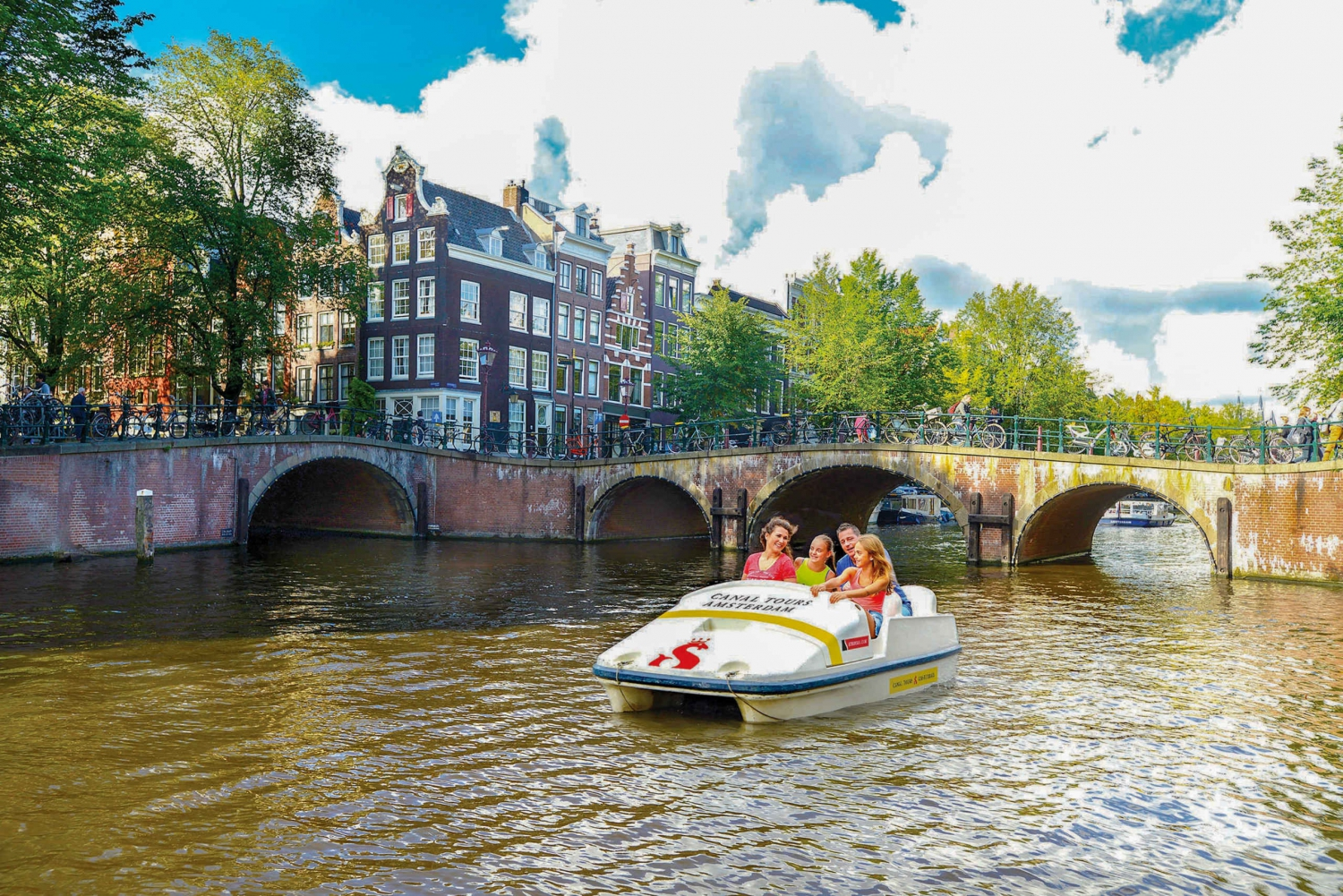 1 or 1.5-Hour Pedal Boat Rental