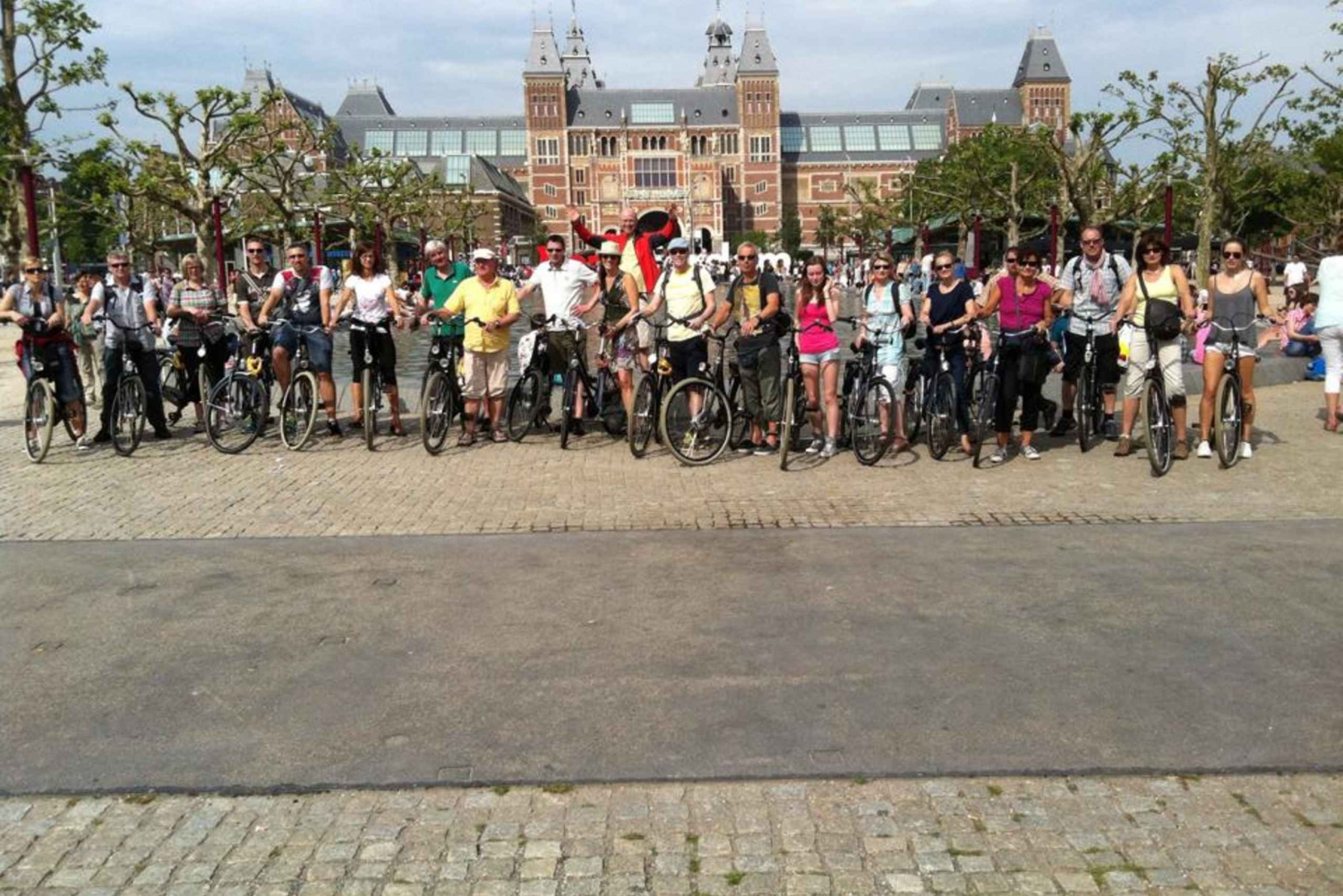 Amsterdam 1-Day Bike Rental with Hotel Delivery