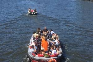 Amsterdam: 3-Hour Private Beer Bike & Beer Boat Package