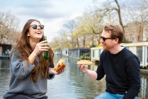Amsterdam: Evening Canal Cruise with Burgers & Hot Dogs