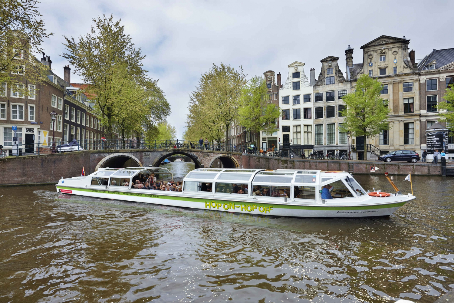 Amsterdam Hop-On Hop-Off Canal Cruise 24 or 48 Hour Ticket