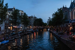 Amsterdam: Private Night Tour of Speakeasies and Bars