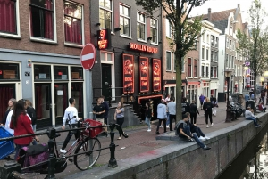 Amsterdam Red Light District and Cafe Tour in German