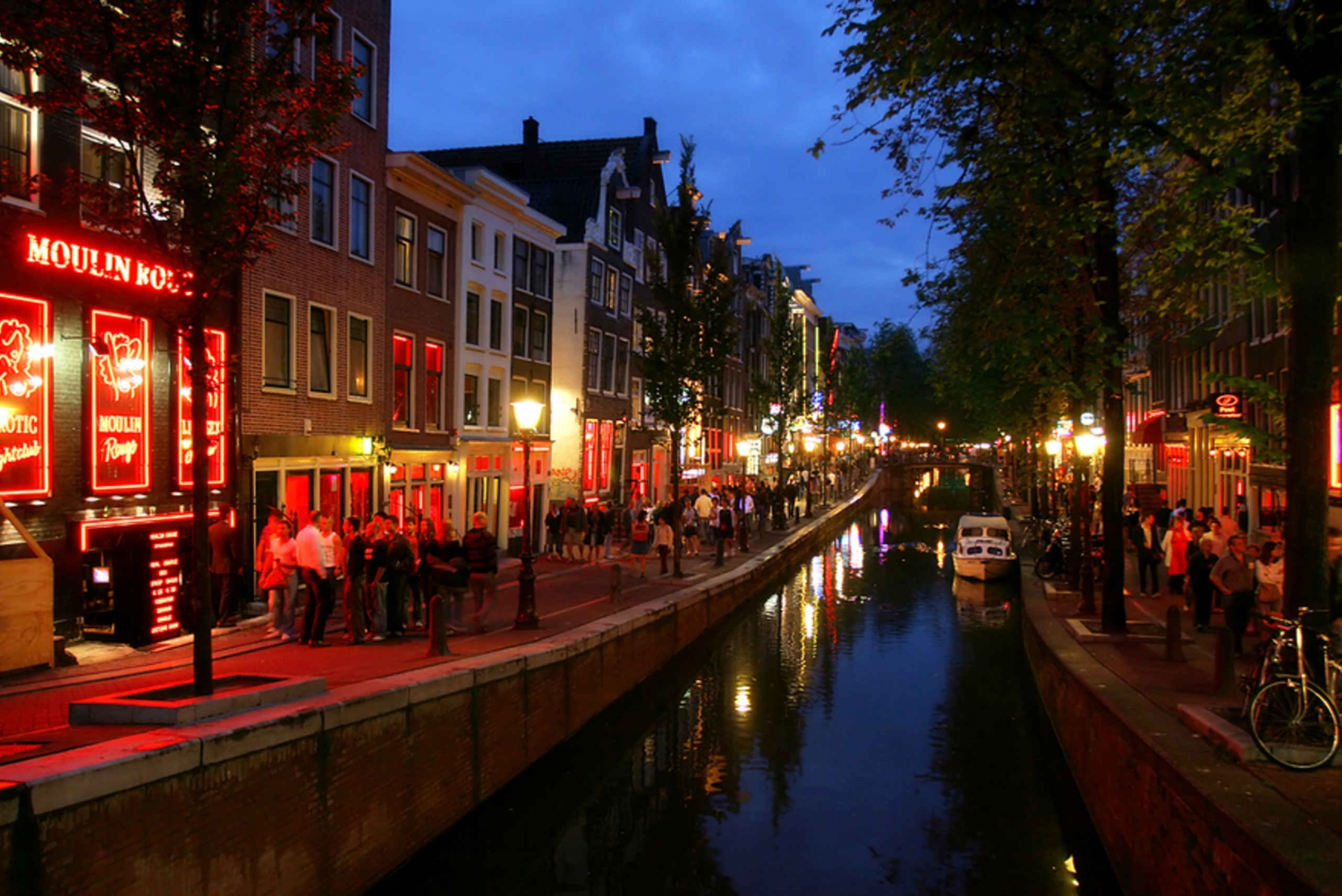 Amsterdam's Red Light District: 2-Hour Walking Tour