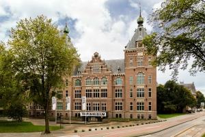 Amsterdam: Tropenmuseum Entrance Ticket