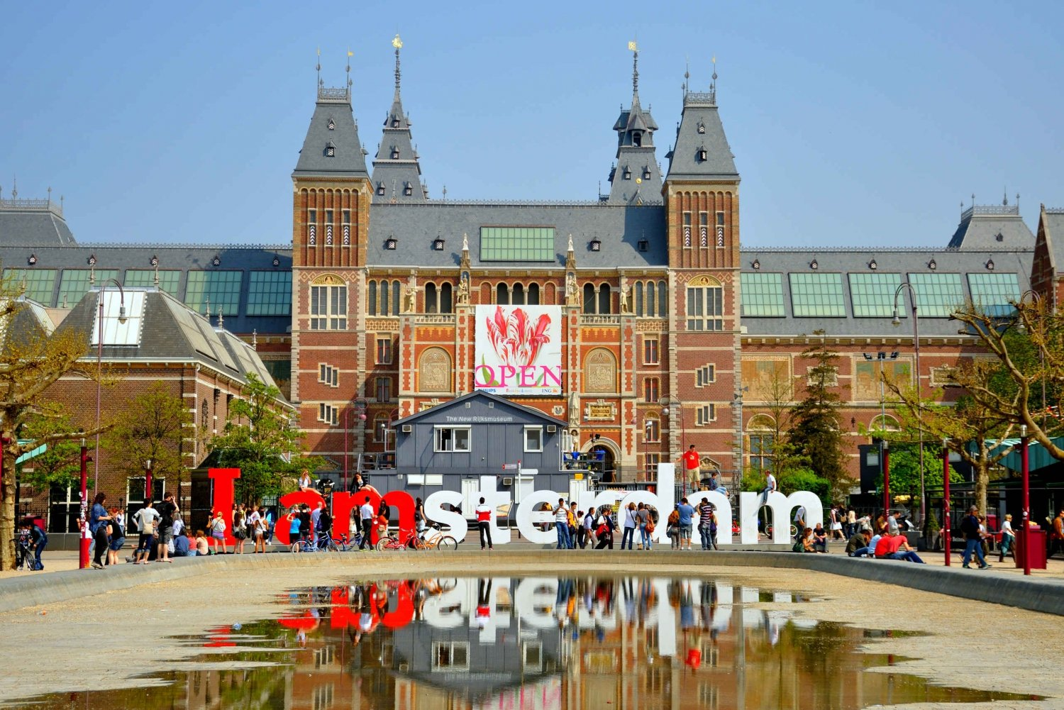 Amsterdam Walking Tour and Canal Cruise