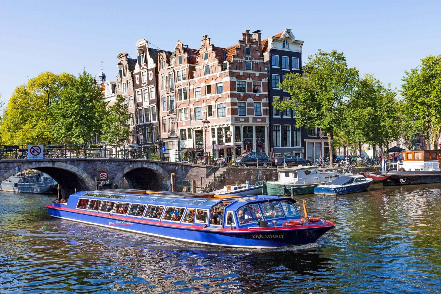 Canal Cruise and Jewish Cultural Quarter Tickets