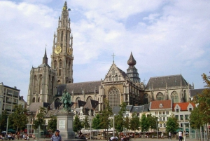 From Amsterdam: Private Day Trip to Brussels and Antwerp