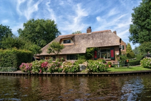 From Amsterdam: Private Sightseeing Tour to Giethoorn