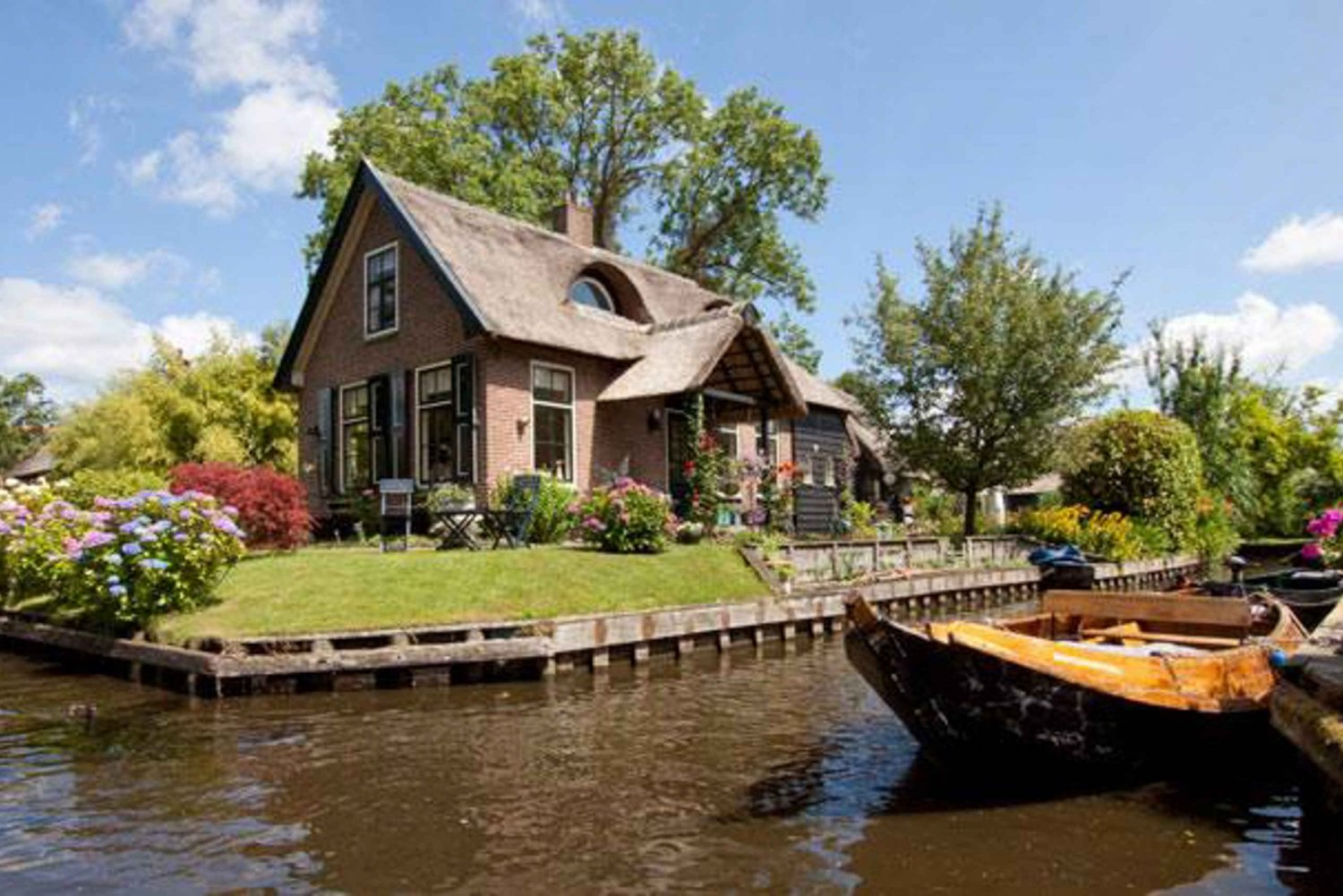 From Private Giethoorn Tour by Car