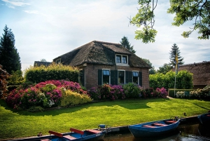 From Private Sightseeing Tour to Giethoorn