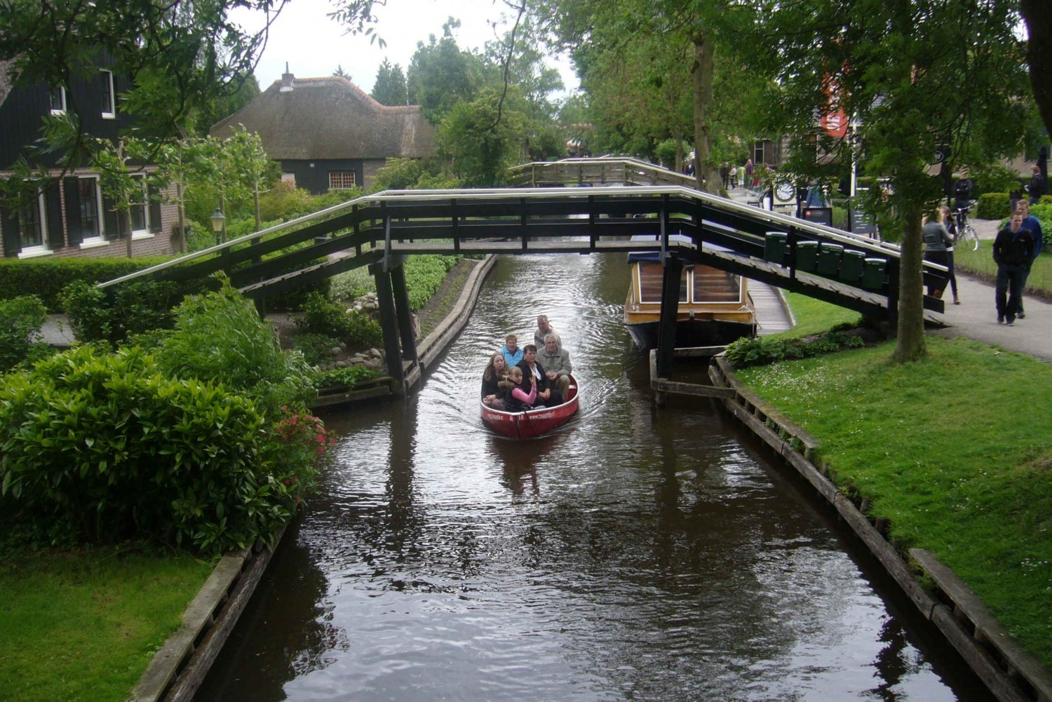 Giethoorn & the New Polders: Small Group Tour from Amsterdam