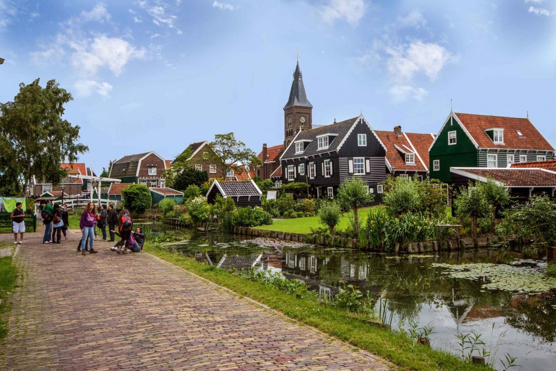 Marken, Volendam & Edam: Private Full-Day Tour