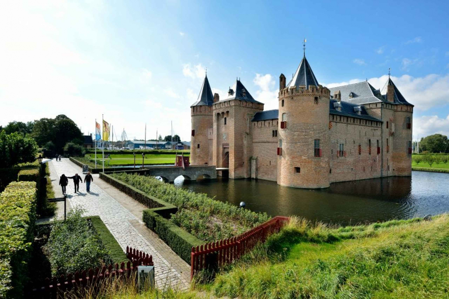 Muiderslot Castle and Naarden Fortress Tour