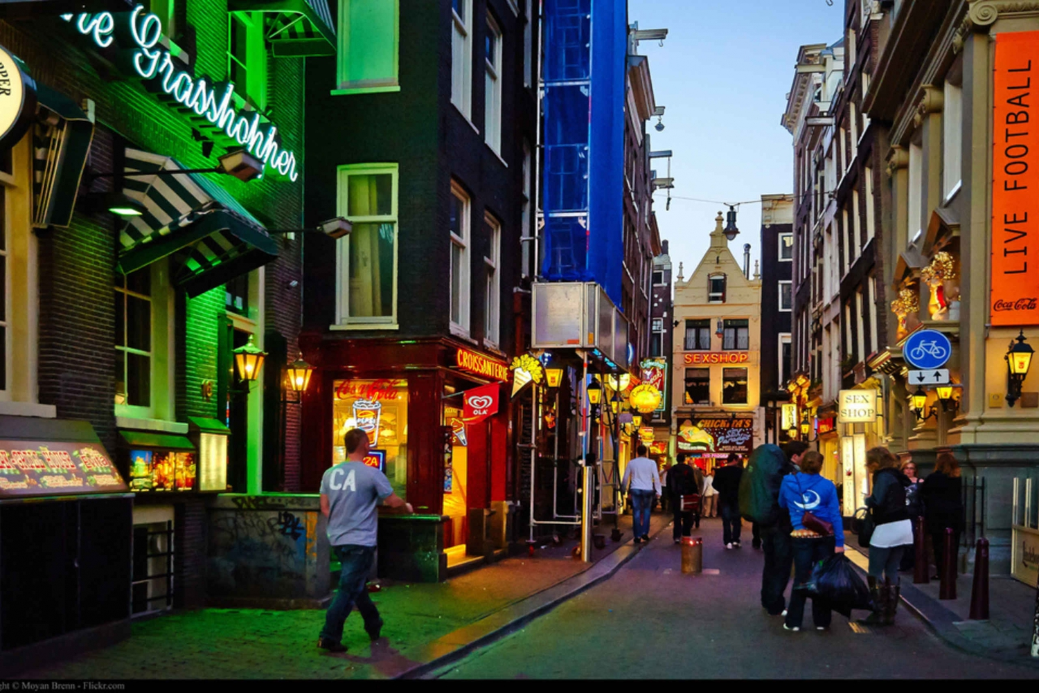 Private Red Light District and Food Tour