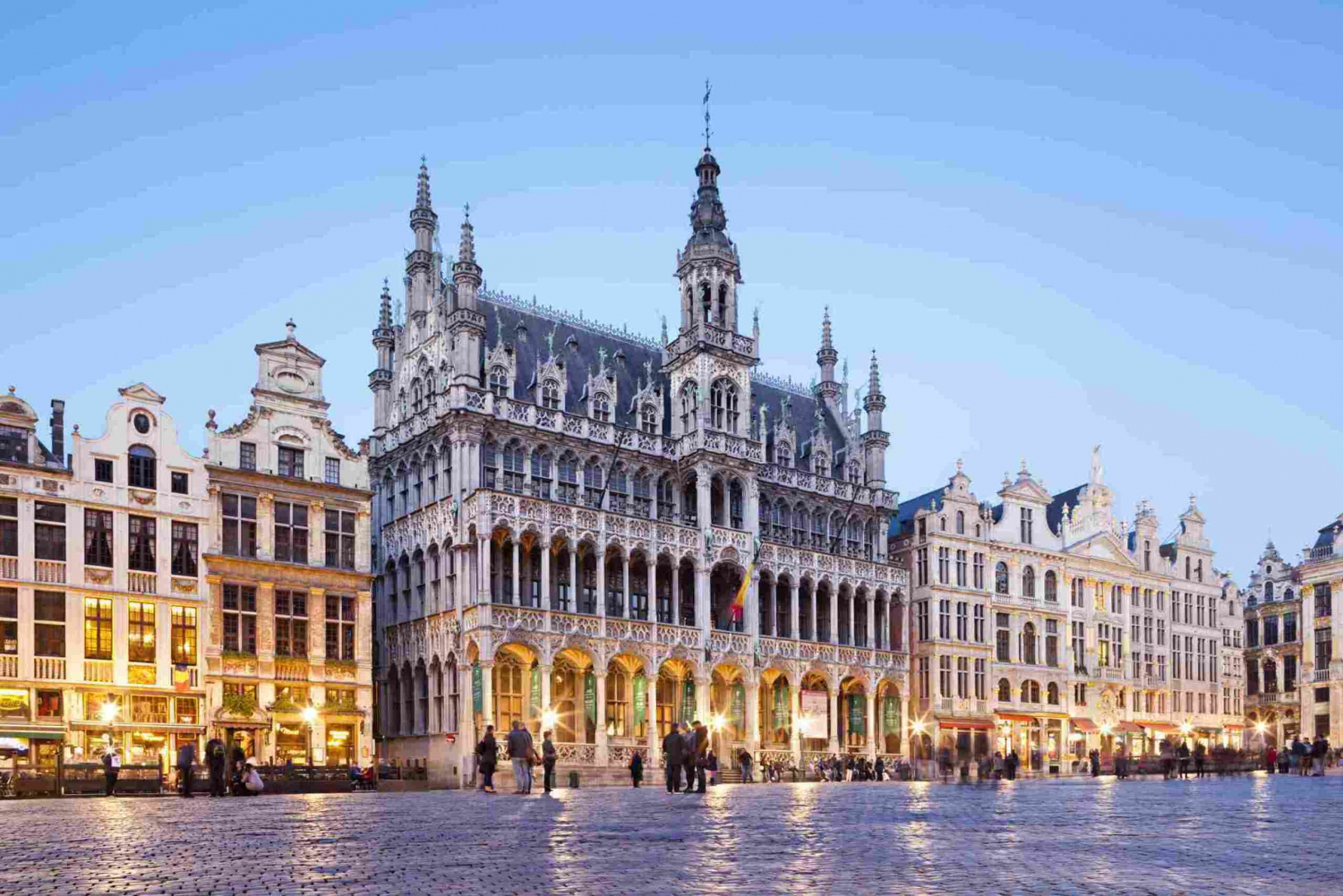 Private Transfer from Amsterdam to Brussels