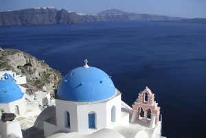 2-day Independent Tour to Santorini from Athens