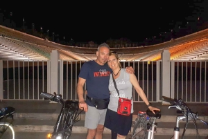 Athens: 2.5-Hour Highlights Tour by E-Bike After Sunset