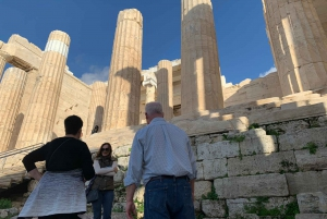 Athens: Acropolis and Old Town Small Group Walking Tour