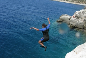 Athens: Cliff Diving Boat Trip in Nea Makri