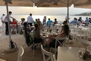 Athens: Coastline E-Bike Tour with Lunch by the Sea