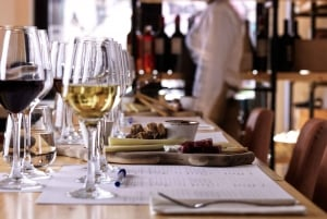Athens Old City: Wine Tasting Experience