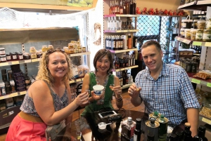 Athens: Organic Food Tasting and Local Market Visit