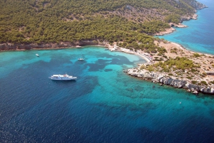 Athens: Private Cruise of Athens Riviera & Saronic Islands