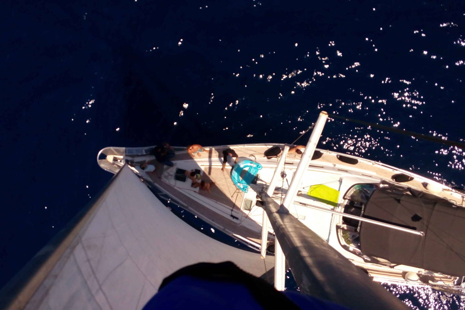 Athens Riviera: Private Luxury Sailing Cruise with Lunch