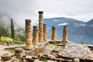 From Athens: Delphi and Meteora 2-Day Guided Tour