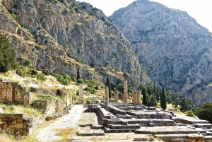 From Athens: Private 8-Hour Delphi Day Trip Self-Guided