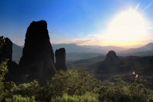 From Delphi and Meteora 2-Day Tour with Hotel