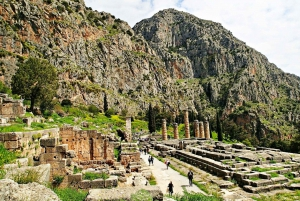 From Delphi Private Tour with Lunch