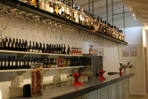 Full-Day Evia Private Wine Tour with Spa Treatment